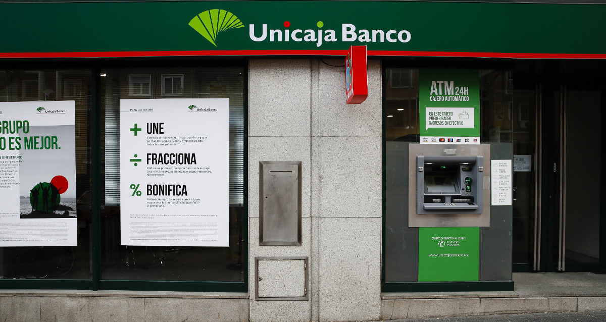 Unicaja Banco brings forward the payment of unemployment benefits