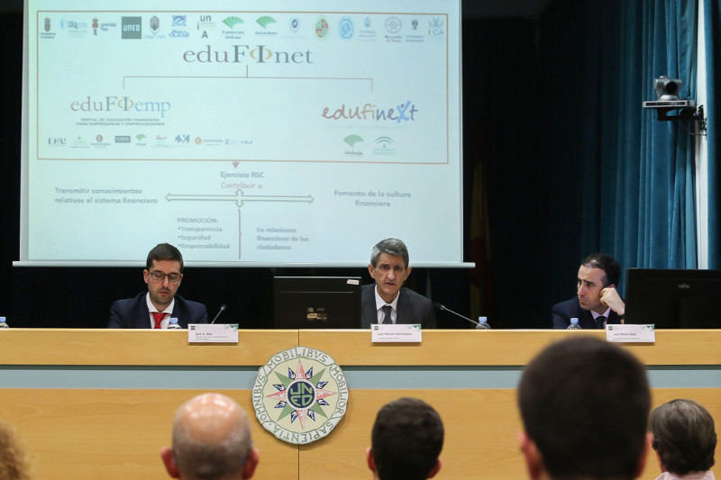 inauguracion-curso-toma-decisiones-financieras