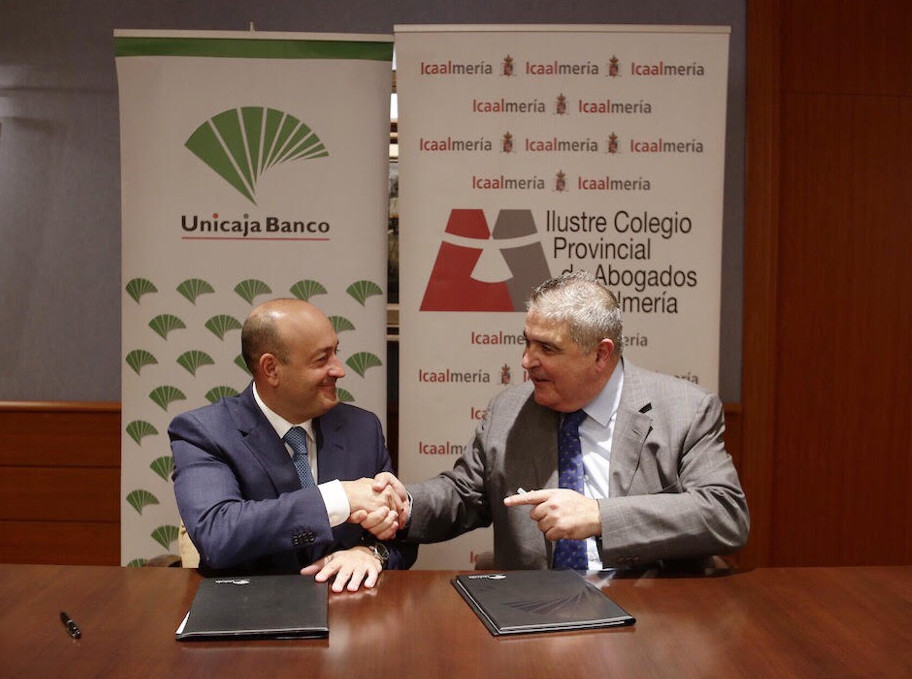 unicaja-financiacion-colegiados-almeria